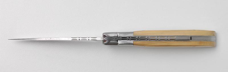 Vente couteau traditionnel français Le Camarguais Trident forgé N°12 - Buis