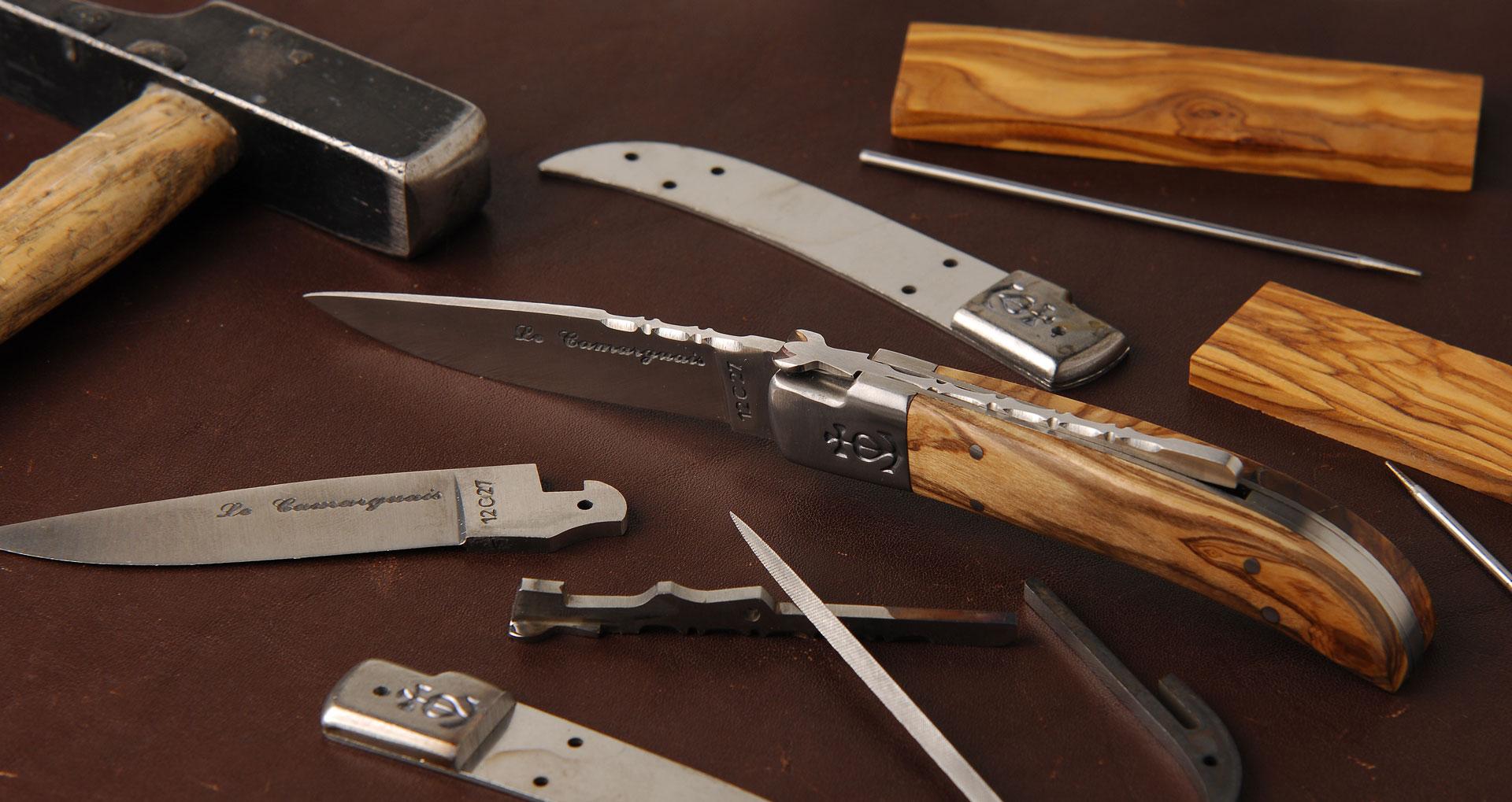 Coutellerie Le Camarguais couteau traditionnel français à Nîmes